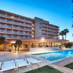 fergus-geminis-hotel-1