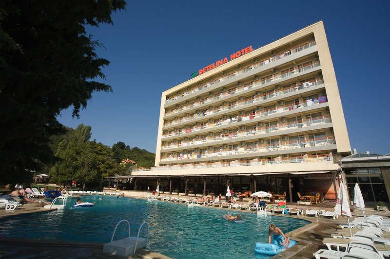 Hotel Detelina***